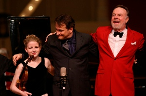 Erich Kunzel with Christopher O'Riley and Caroline Goulding. Photo: Mark Lyons