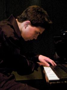 Pianist Evan Ritter