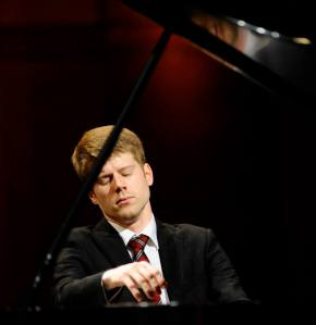 Alex McDonald (Photo: The Cliburn/Ralph Lauer)